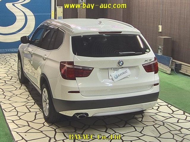 Import and buy BMW X3 2013 from Japan to Nairobi, Kenya