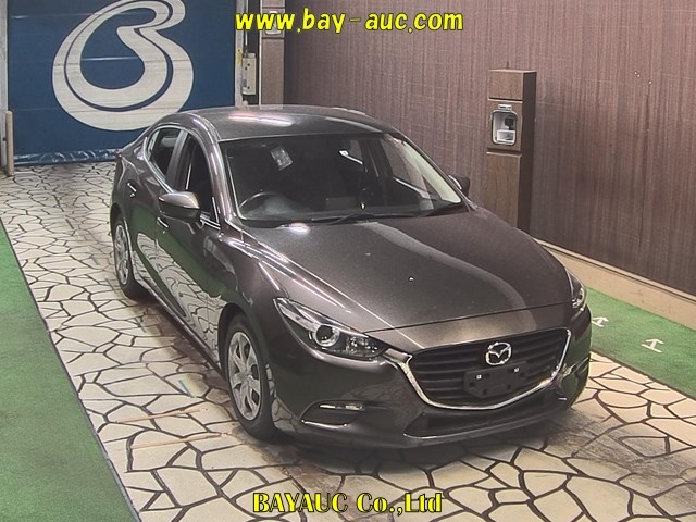 Import and buy MAZDA AXELA 2017 from Japan to Nairobi, Kenya