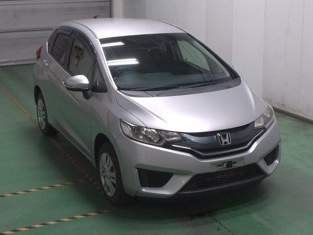 Import and buy HONDA FIT 2015 from Japan to Nairobi, Kenya