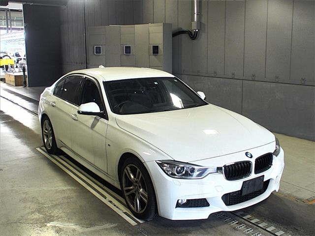 Import and buy BMW 3 SERIES 2014 from Japan to Nairobi, Kenya