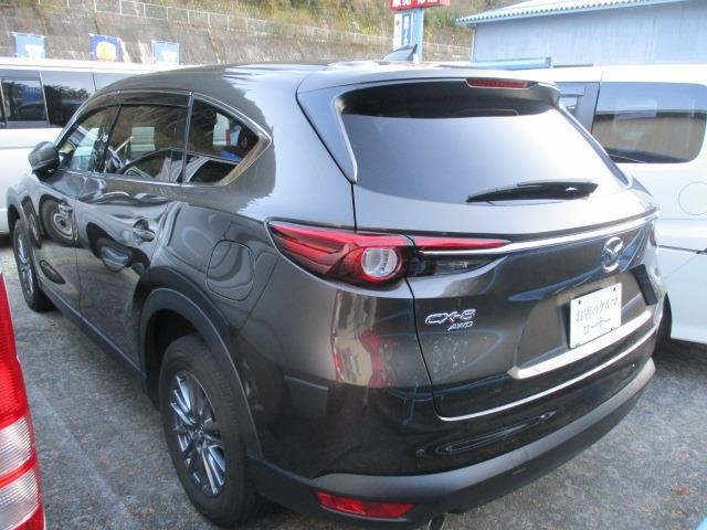 Import and buy MAZDA CX-8 2017 from Japan to Nairobi, Kenya