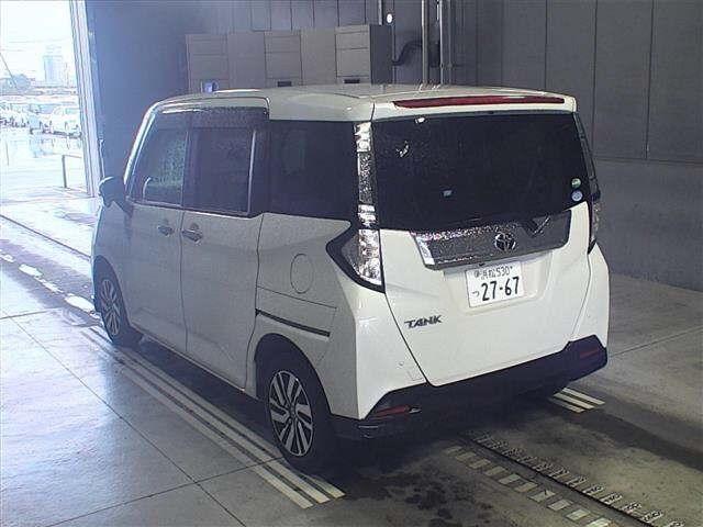 Import and buy TOYOTA TANK 2016 from Japan to Nairobi, Kenya