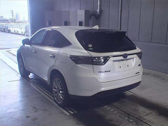 Import and buy TOYOTA HARRIER 2014 from Japan to Nairobi, Kenya