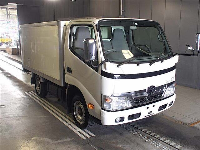 Import and buy TOYOTA TOYOACE 2014 from Japan to Nairobi, Kenya