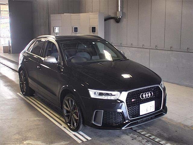 Import and buy AUDI RS Q3 2017 from Japan to Nairobi, Kenya