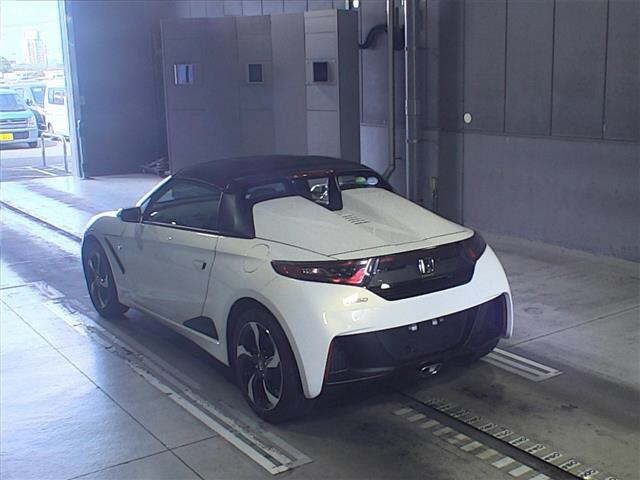 Import and buy HONDA S660 2015 from Japan to Nairobi, Kenya