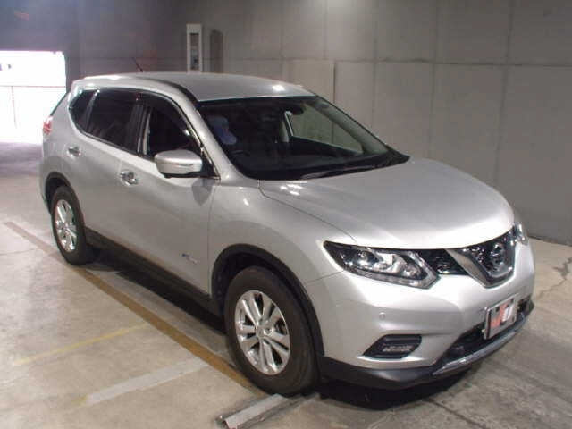 Import and buy NISSAN X-TRAIL 2015 from Japan to Nairobi, Kenya