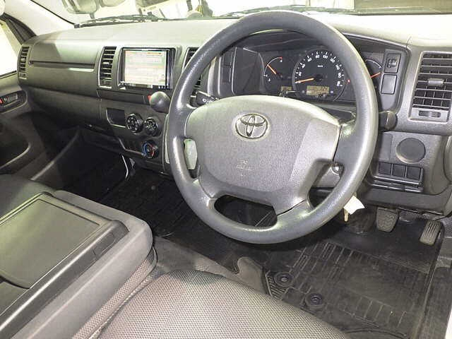 Import and buy TOYOTA REGIUS ACE VAN 2016 from Japan to Nairobi, Kenya