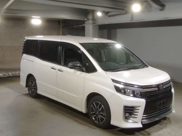 Import and buy TOYOTA VOXY 2016 from Japan to Nairobi, Kenya