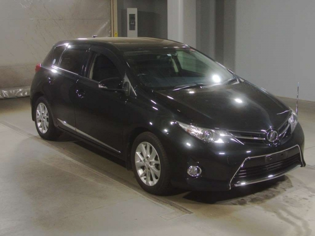 Import and buy TOYOTA AURIS 2013 from Japan to Nairobi, Kenya