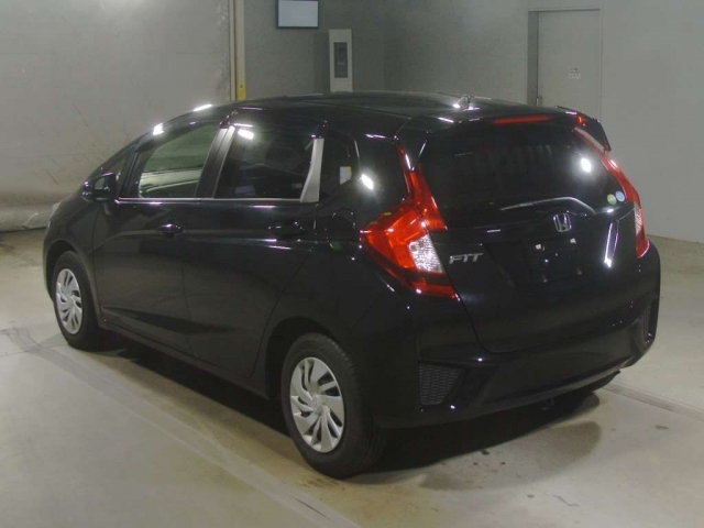 Import and buy HONDA FIT 2015 from Japan to Nairobi, Kenya
