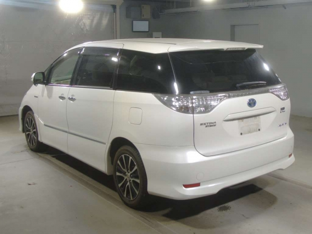 Import and buy TOYOTA ESTIMA HYBRID 2015 from Japan to Nairobi, Kenya