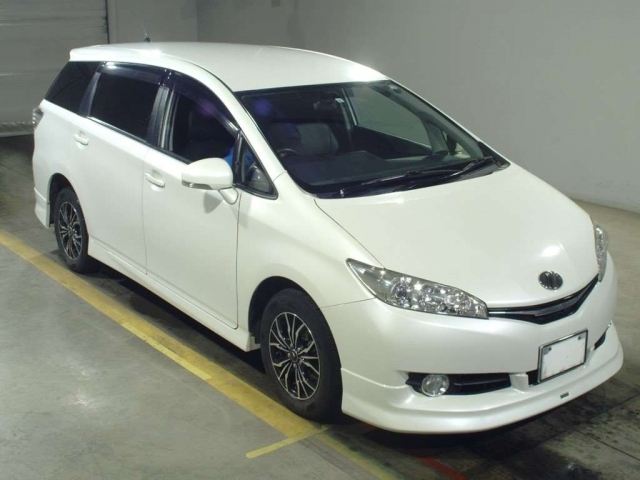 Import and buy TOYOTA WISH 2015 from Japan to Nairobi, Kenya