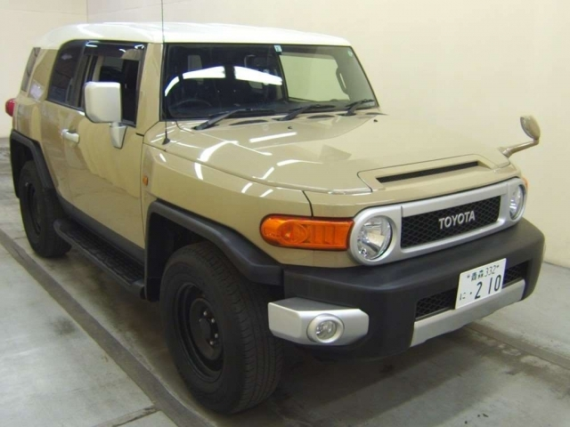 Import and buy TOYOTA FJ CRUISER 2017 from Japan to Nairobi, Kenya
