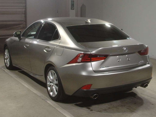 Import and buy LEXUS IS 2015 from Japan to Nairobi, Kenya