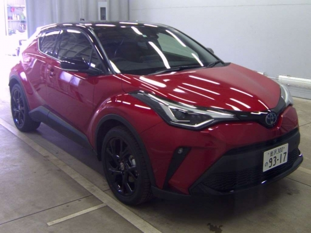 Import and buy TOYOTA C-HR 2021 from Japan to Nairobi, Kenya