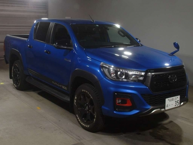 Import and buy TOYOTA HILUX 2020 from Japan to Nairobi, Kenya