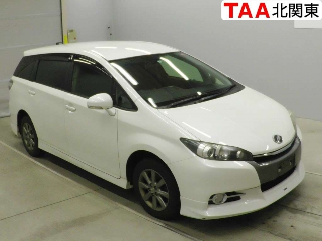 Import and buy TOYOTA WISH 2013 from Japan to Nairobi, Kenya