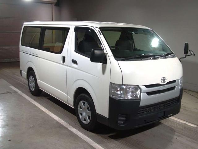 Import and buy TOYOTA HIACE VAN 2019 from Japan to Nairobi, Kenya