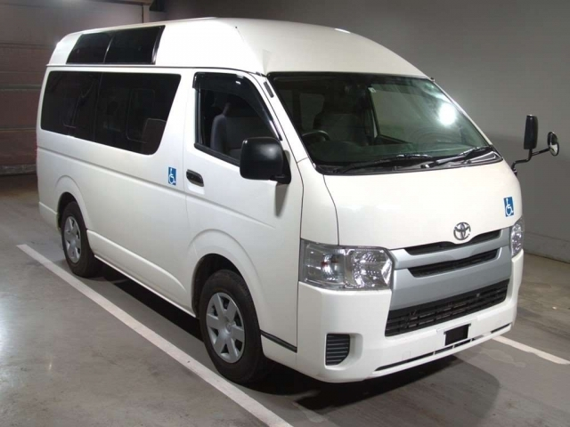 Import and buy TOYOTA REGIUS ACE VAN 2017 from Japan to Nairobi, Kenya