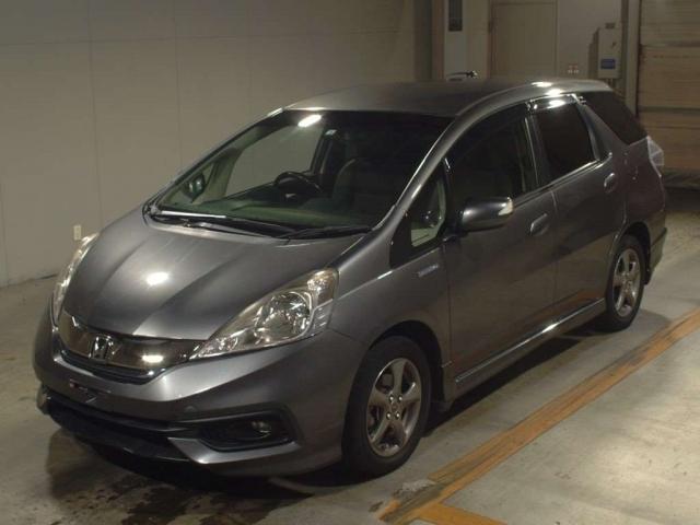 Import and buy HONDA FIT SHUTTLE 2014 from Japan to Nairobi, Kenya