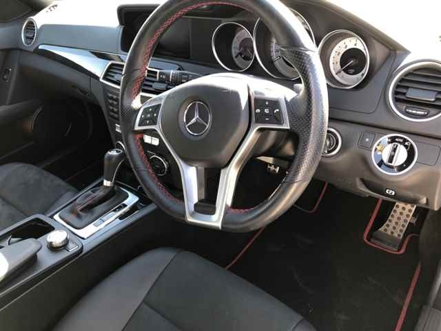 Import and buy MERCEDES BENZ C CLASS STATION WAGON 2013 from Japan to Nairobi, Kenya