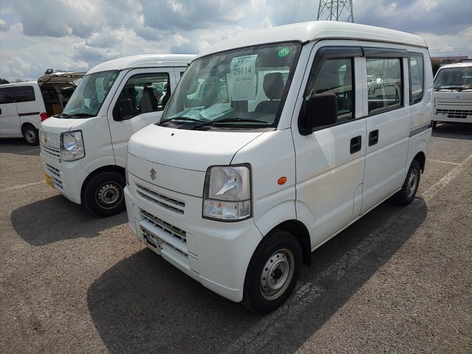 Import and buy SUZUKI EVERY 2015 from Japan to Nairobi, Kenya
