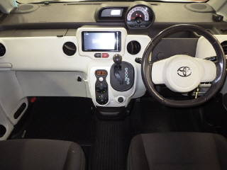 Import and buy TOYOTA PORTE 2013 from Japan to Nairobi, Kenya