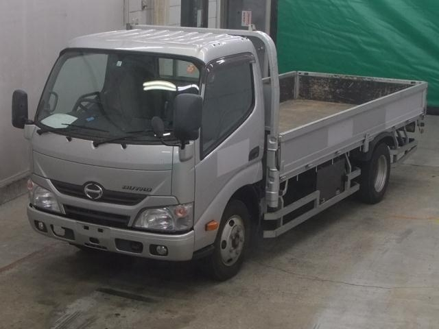 Import and buy HINO DUTORO 2014 from Japan to Nairobi, Kenya