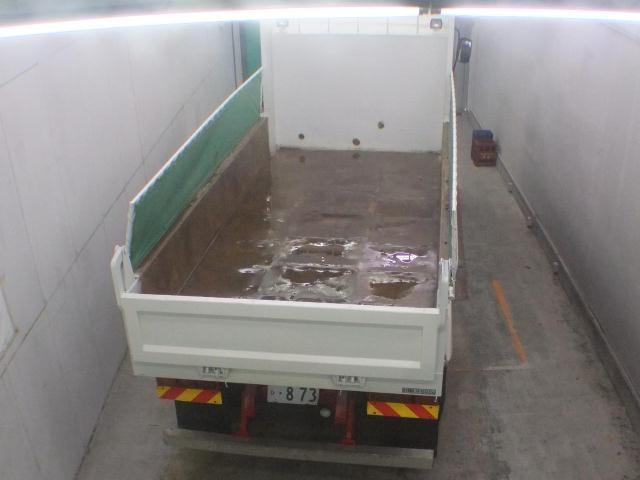 Import and buy ISUZU TRUCK 2013 from Japan to Nairobi, Kenya