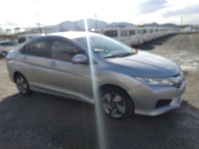 Import and buy HONDA GRACE 2016 from Japan to Nairobi, Kenya