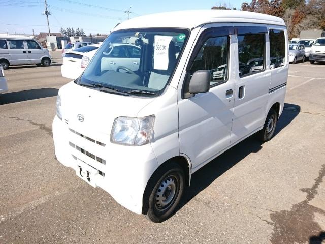 Import and buy DAIHATSU HIJET VAN 2015 from Japan to Nairobi, Kenya