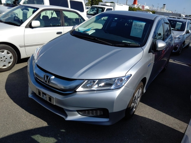 Import and buy HONDA GRACE 2015 from Japan to Nairobi, Kenya