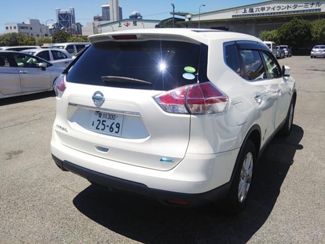 Import and buy NISSAN X-TRAIL 2015 from Japan to Nairobi, Kenya