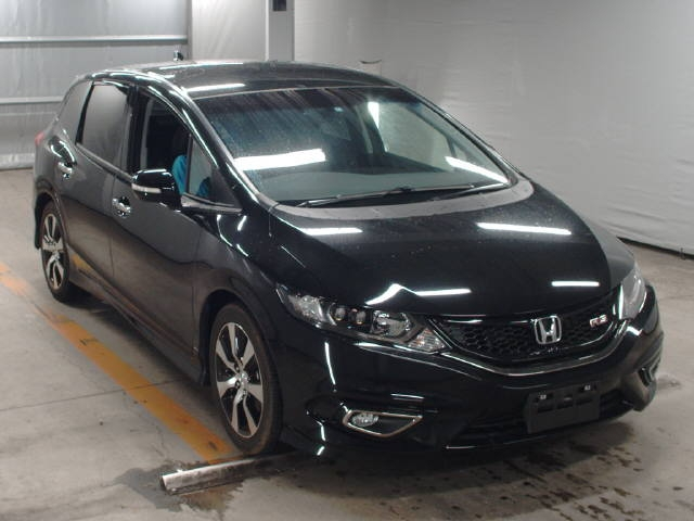 Import and buy HONDA JADE 2015 from Japan to Nairobi, Kenya